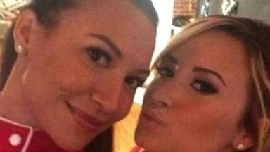 Demi Lovato rinde un emotivo homenaje a su amiga Naya Rivera meses después de su fallecimiento
