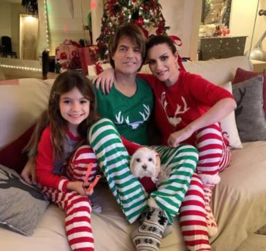 Laura Pausini y su familia en Navidad