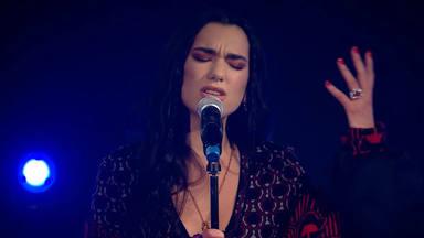Dua Lipa demuestra todo su amplio registro interpretativo en un concierto de la BBC