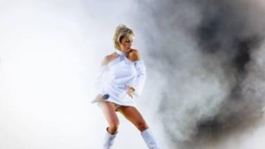 """Ana Torroja emocionada y deslumbrante en el arranque de la gira de 'Mil Razones': """"Resaca de felicidad"""""""