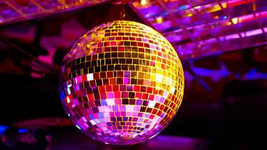 ctv-r58-bola-discoteca-1080x607