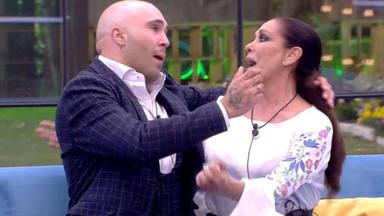 El cómico momento con el que Isabel Pantoja confirma que va a Supervivientes