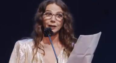 """Victoria Abril, aplaudida, da un paso atrás en los Premios Feroz: """"Para mí, todas las vidas cuentan"""""""