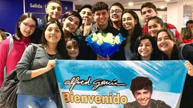 Así ha sido el recibimiento a Alfred García en su llegada a Argentina