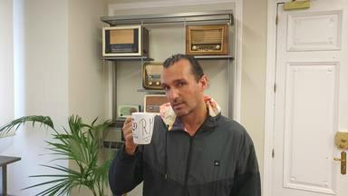 ¿Quieres ganar la taza de CADENA 100 firmada por Rafa Méndez?