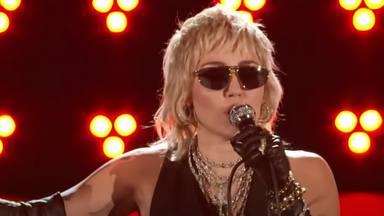 Miley Cyrus y su flamante actuación con versiones de Queen que está en boca de todo el mundo