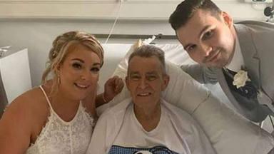Dos hermanas se casan el mismo día para cumplir el último deseo de su padre, enfermo de cáncer