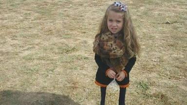 Fíjate bien en las piernas de esta niña: el nuevo reto viral que está arrasando en las redes sociales