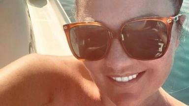 Amaia Montero reaparece con un posado veraniego en el que está irreconocible