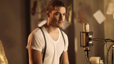 Carlos Rivera versiona 'Vuelves' de Rozalén para su álbum 'Si fuera mía'