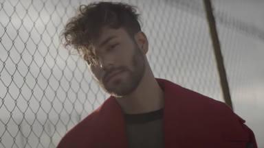 Agoney vuelve a destapar talento en '¿Quién Pide Al Cielo Por Ti?' y brillando en la coreografía del videoclip