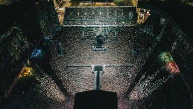 Hay esperanza para la música en directo: Así fue un concierto en Nueva Zelanda ante 50.000 espectadores