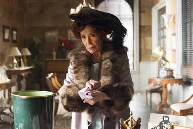Concha Velasco en el papel de Doña Carmen