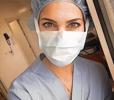 Carla Barber habla de su primer día cómo médico en un hospital