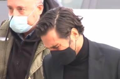 Rabia y dolor: las sobrecogedoras imágenes de Bustamante en el funeral de Álex Casademunt