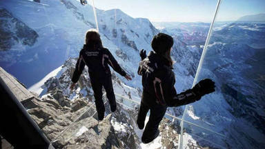 ctv-rfa-step-to-the-void-aiguille-du-midi-chamonix-emplados