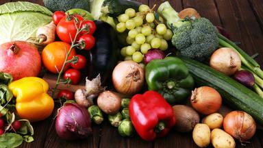 Los cinco alimentos que no debes meter en la nevera ni en verano
