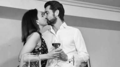 Romántico beso Chenoa Miguel Sánchez Encinas
