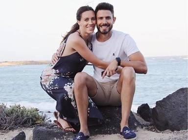 Primer posado oficial de Carola Escámez con su pareja tras su separación de Miki Nadal