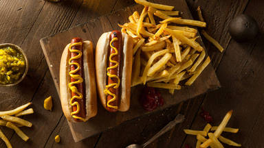 La receta del perrito caliente americano