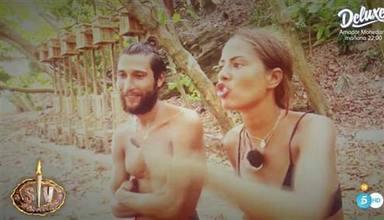 Melyssa Pinto junto a Tom Brusse durante la bronca más tensa de toda la edición de Supervivientes