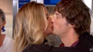 El romántico beso de Jordi Cruz a su novia Rebecca Lima en televisión y la presentación oficial a su madre