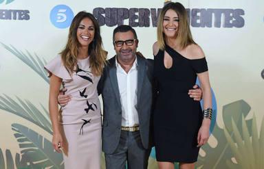 Jorge Javier, Lara Álvarez y Sandra Barneda, presentadores de La casa fuerte