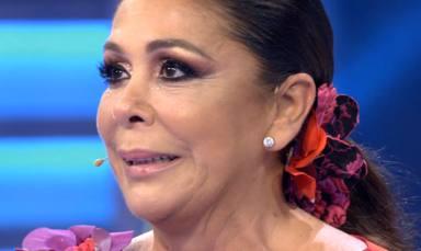 """Isabel Pantoja se derrumba en pleno directo al ser sorprendida por un ser querido: """"Esa mirada es mía"""