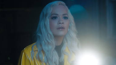 """Rita Ora en """"Carry On"""" de Kygo para la película de Pokémon"""