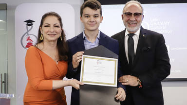 Un músico español de 17 años recibe la beca Gloria y Emilio Estefan de 200.000 dólares