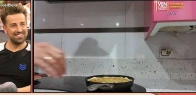 Belén Esteban enseña su receta para hacer la tortilla de patatas perfecta