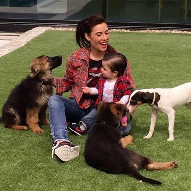 Pilar Rubio y sus perros