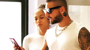 """Jennifer Lopez y Maluma confirman la fecha del estreno de su película """"Marry Me"""""""