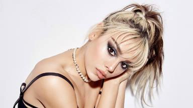 Morat suma a Danna Paola a una nueva canción que lleva por nombre 'Idiota' y un vídeo musical de intriga
