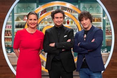 """Indignación con 'MasterChef' por un chiste de Jordi Cruz a una de las concursantes: """"Vergonzoso"""""""