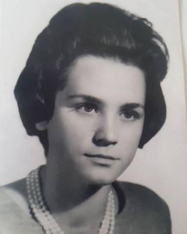 Belén Esteban comparte una imagen de su madre de joven