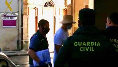 La policía comparte las imágenes de Nacho Vidal