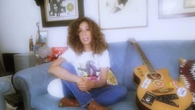 Rosario nos detalla, canción a canción, cómo es su álbum 'Te lo digo todo y no te digo na'