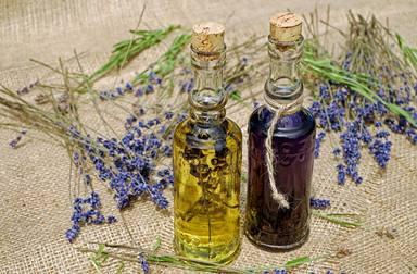 Crea els teus olis essencials amb productes de temporada