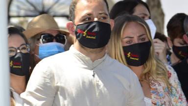 Rocío y David Flores visita sorpresa a Amador Mohedano