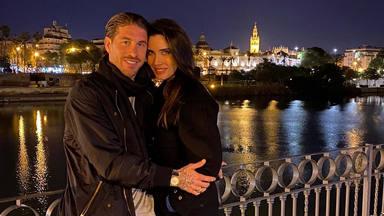 Pilar y Sergio en la ciudad natal del defensa