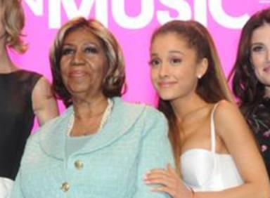 Ariana Grande homenajea a Aretha Franklin