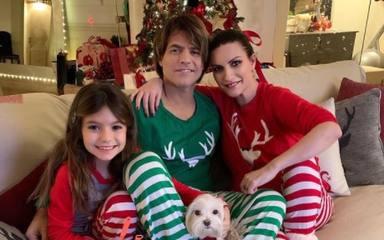 Laura Pausini y el navideño jersey que está recorriendo las casas de sus amigos