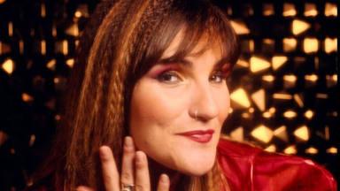 """La Rozalén más marchosa y empoderada en """"El paso de tiempo"""", su canción más discotequera"""