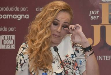 Rocío Carrasco se emociona en una intervención