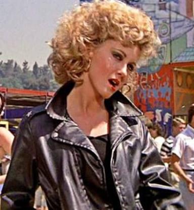 """364.000 euros per la roba de cuir negre d'Olivia Newton-John a """"Grease"""""""