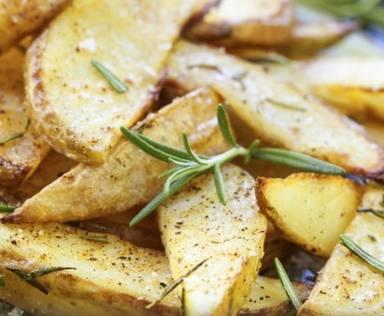 Patatas fritas y romero