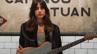 Julia Medina descubre las canciones del 'Epicentro', su segundo álbum de estudio