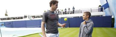 Pista de tenis en casa para el hijo de los Beckham