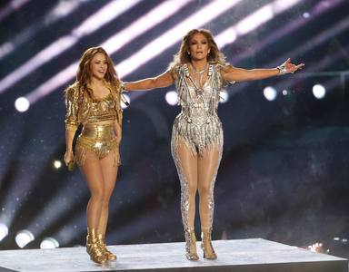 La escueta cifra que cobraron Jennifer López y Shakira en la Super Bowl